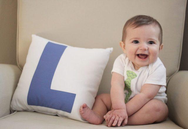 фото Развитие детей до года по месяцам 6 месяцев