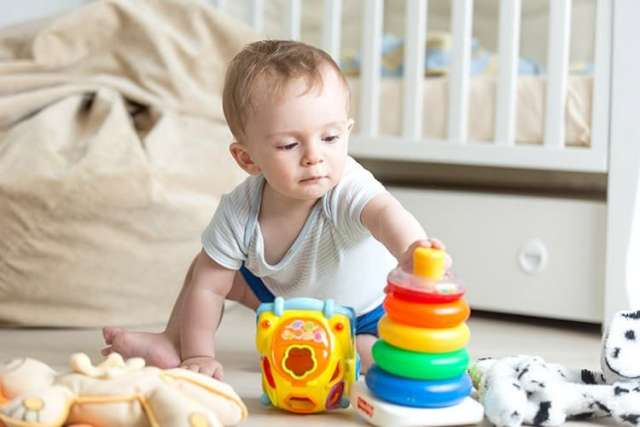 Физическое развитие 10 месяцев фото мальчик