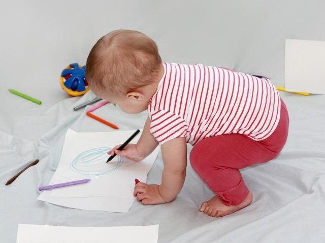 Физическое развитие девочки 1 год фото