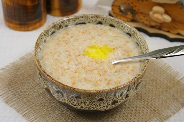 Самые полезные каши на завтрак: пшеничная каша