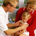 Нужно ли делать прививки ребенку