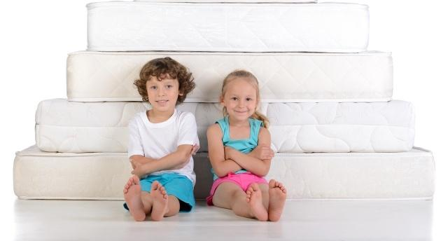 Какой матрас лучше выбрать для ребенка