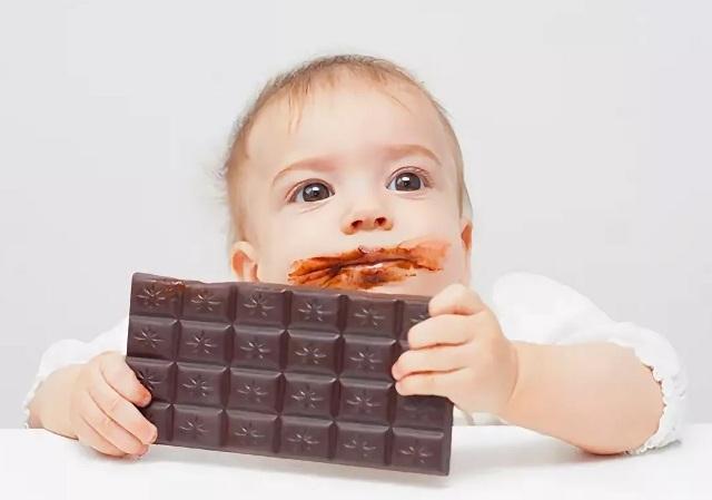 Можно ли ребенку шоколад