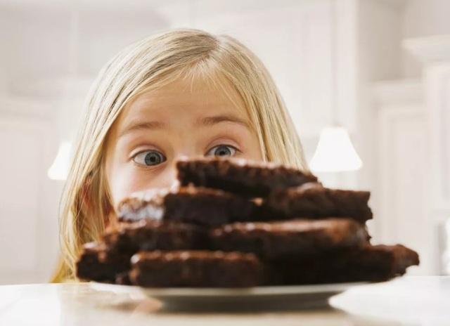 Можно ли детям шоколад