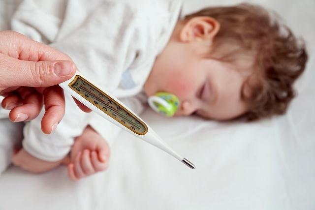 Что делать при высокой температуре у ребенка