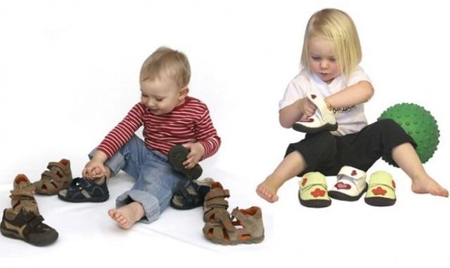 Как выбрать полноту обуви ребенка