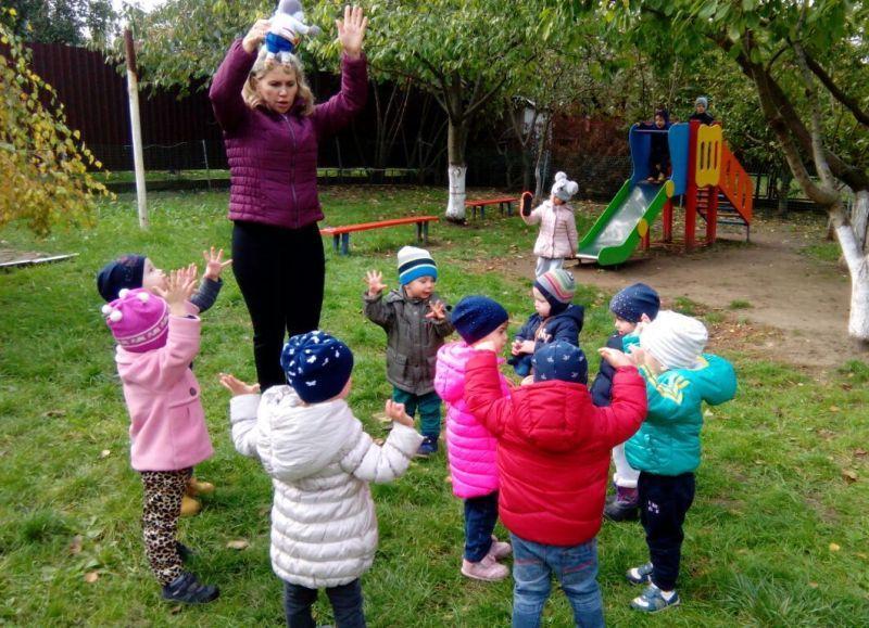 Режим дня в детском саду: прогулка