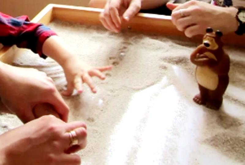 игры с влажным песком
