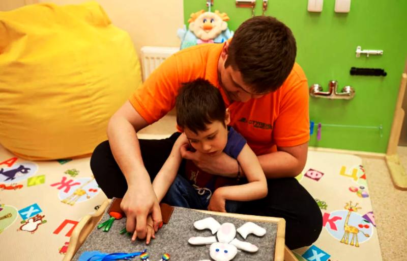 Какие занятия необходимы ребенку с РАС