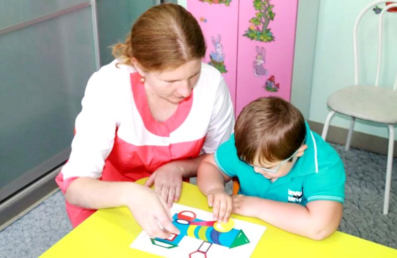 занятие с психологом в детском саду