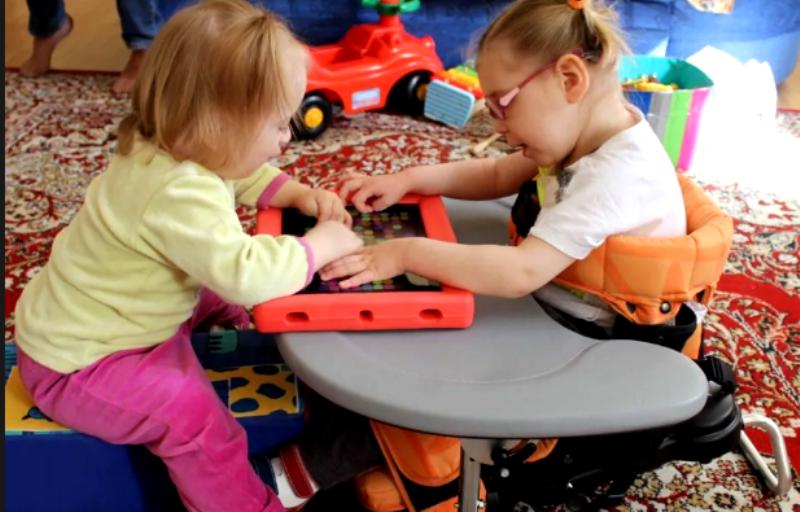 ребенок с дцп в детском саду общается