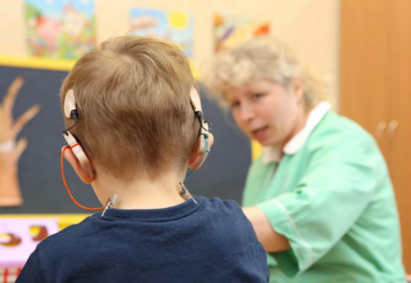 Ребенок слабослышащий психологическая характеристика